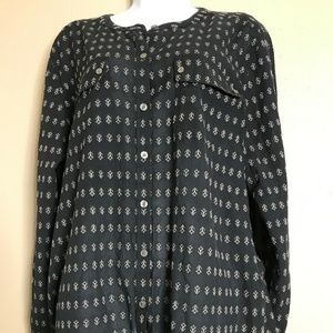 Ann Taylor Loft Size XL Long Sleeve Button Up Crew